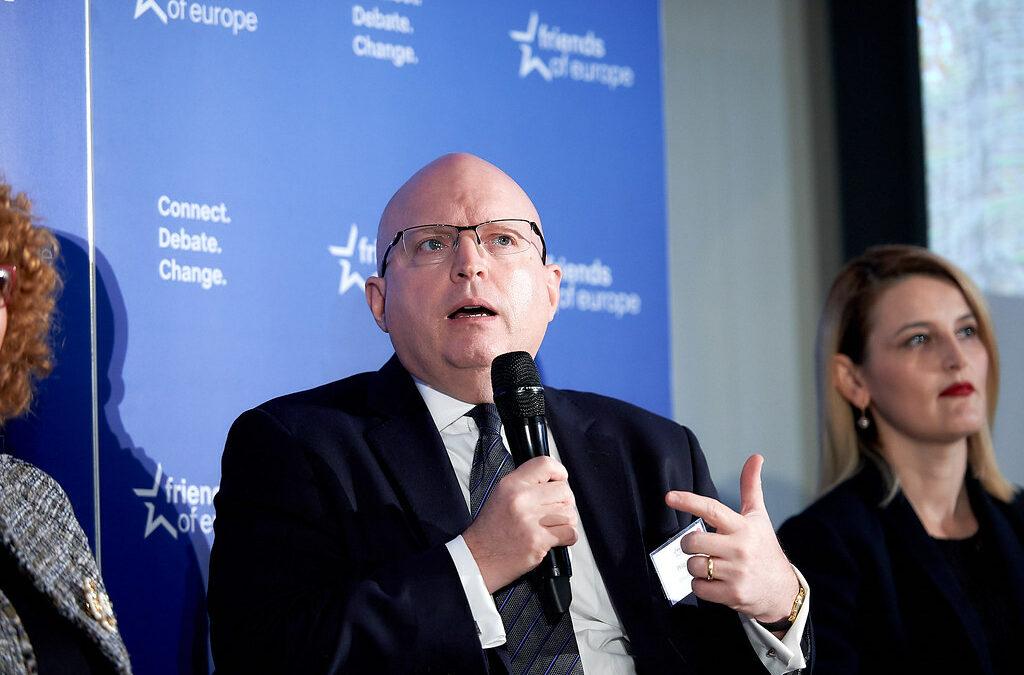 Co může střední Evropa očekávat od administrativy Joea Bidena? Diskuse s Philem Reekerem